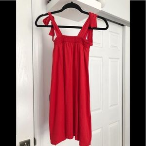 Valija Red Dress
